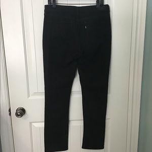 Levis Demi Curve Classic Rise Slim Leg Black Jeans